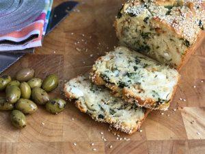 לחם תרד וגבינות